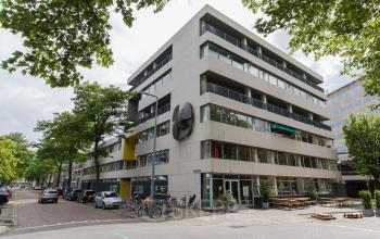 Office spaces for rent in walking distance from Rotterdam city centre
