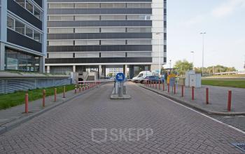parkeerruimte parkeerplaats kantoorgebouw Schiphol Amsterdam