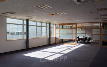 kantoorruimte eindhoven science park binnenkant werkplekken 8 15 personen