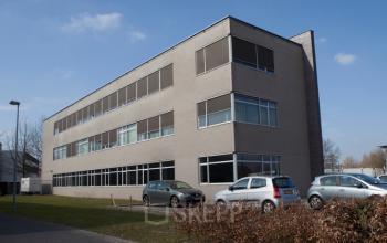 kantoorruimte eindhoven science park buitenkant achterkant gebouw