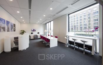 algemene gemeenschappelijke kantoorruimte flexwerkplekken lounge kantoorpand tilburg