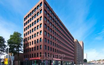 tilburg hart van brabantlaan dichtbij centraal station centrumlocatie modern eigentijds kantoorgebouw te huur kantoorkamer werkplek