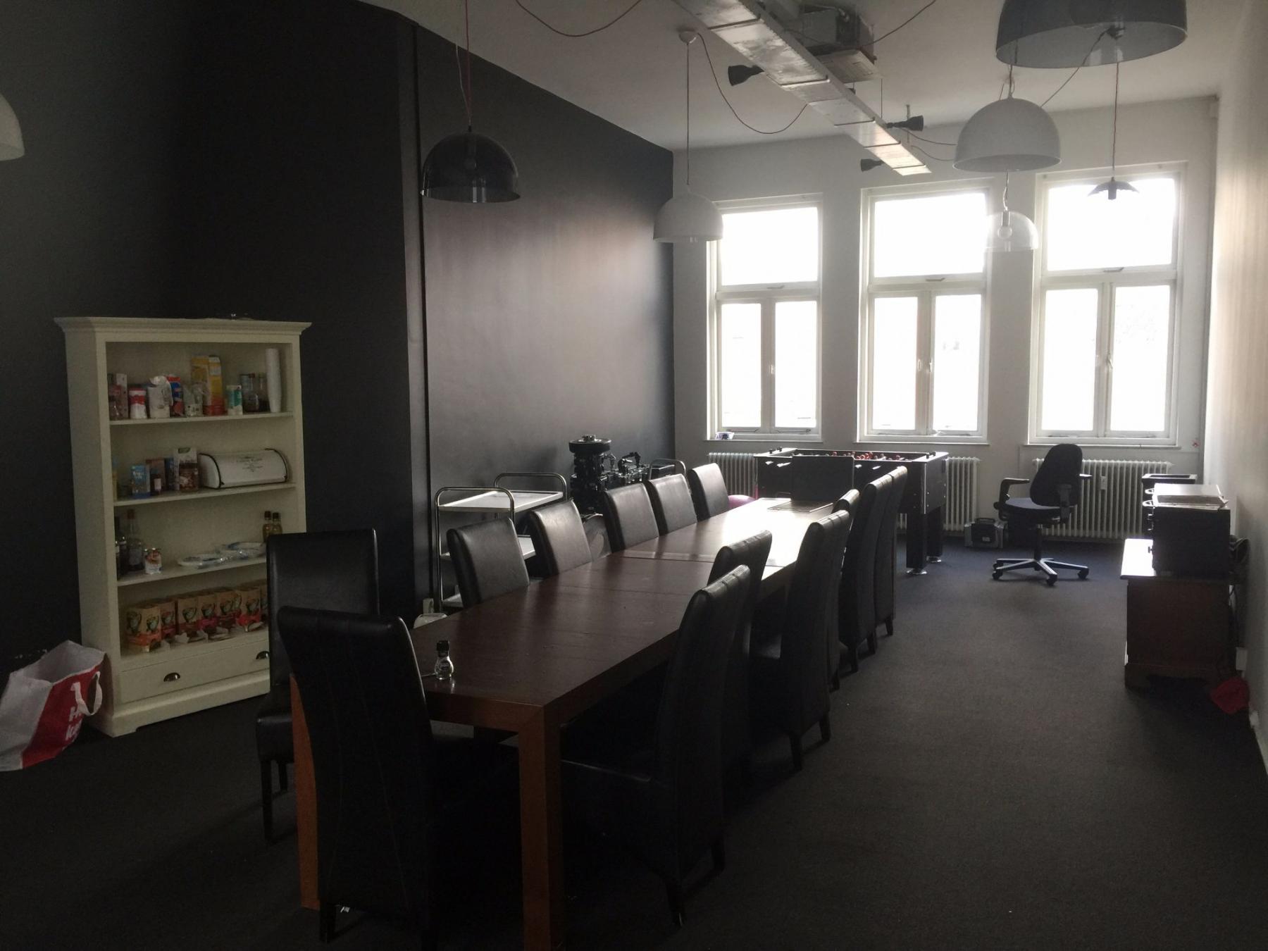 Shared meeting room office space Utrecht