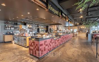 lunchroom breakroom kantine groot met personeel catering Utrecht kantoor
