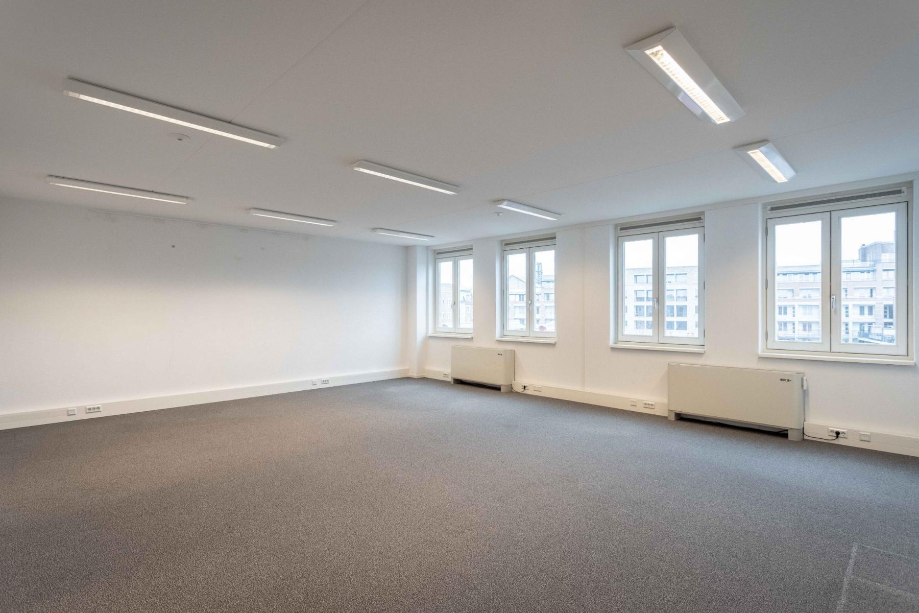 lichte kantoorruimtes te huur Utrecht Leidsche rijn