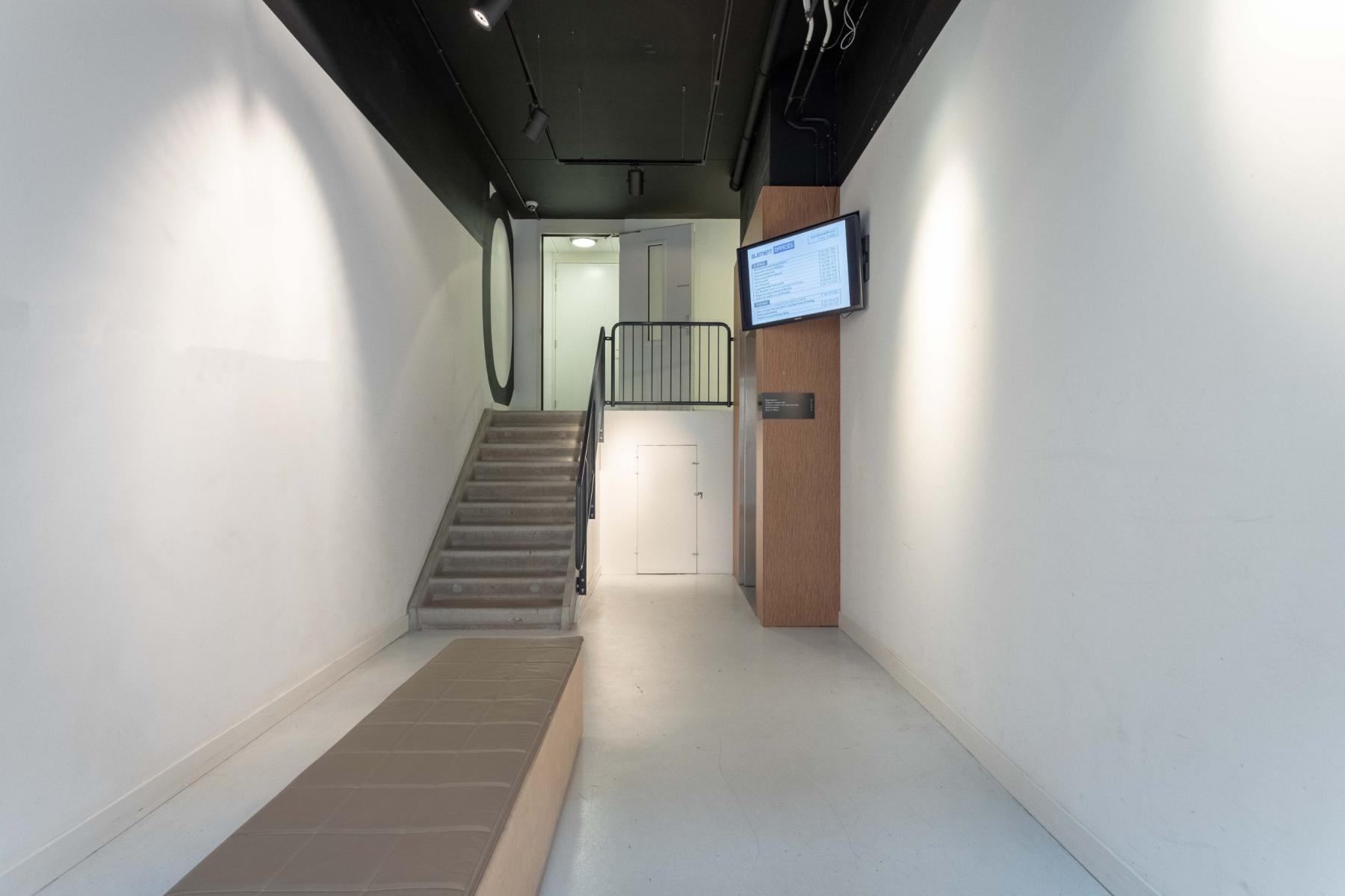 centrale hal Utrecht ingang trappenhuis en lift