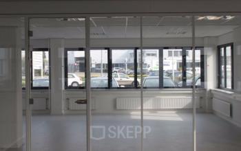 kantoorruimte kantoorpand muur parkeren Utrecht