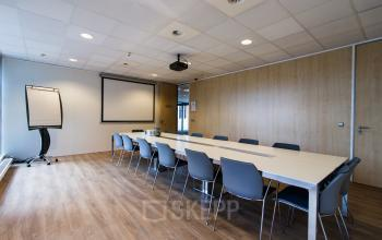 Multiple conference rooms for tenants