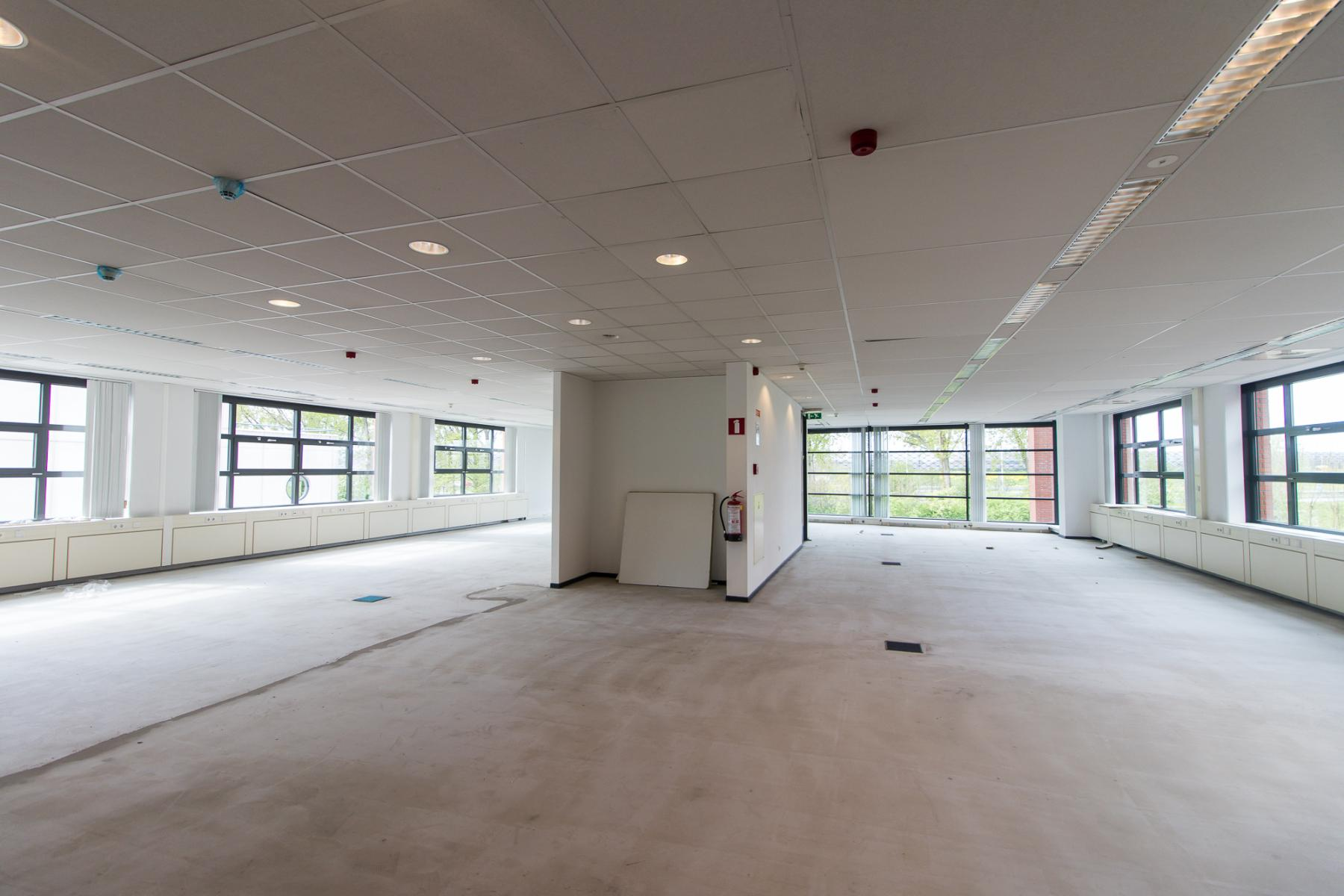 Light and spacious office spaces available