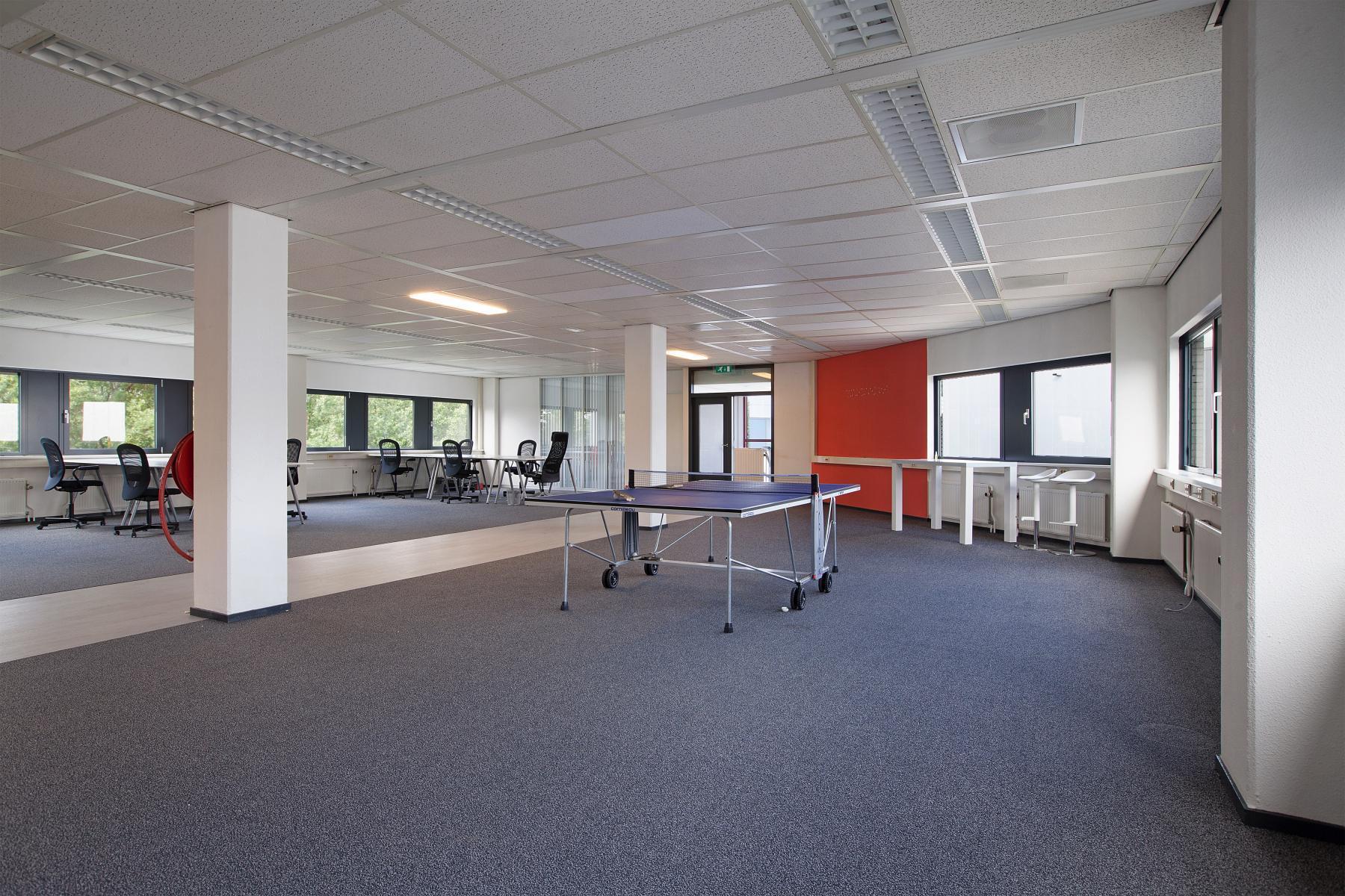open ruimte kantoorpand utrecht winthontlaan