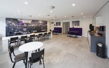 lunch gemeenschappelijke ruimte kantoorgebouw utrecht newtonlaan huur kantoorruimte SKEPP