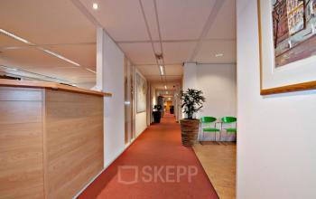 gang wachtruimte kantoorgebouw giessenplein utrecht SKEPP