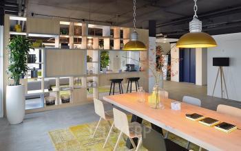 gemeenschappelijke ruimte algemene ruimte begane grond kantoorpand utrecht lunchtafel leestafel kobaltweg