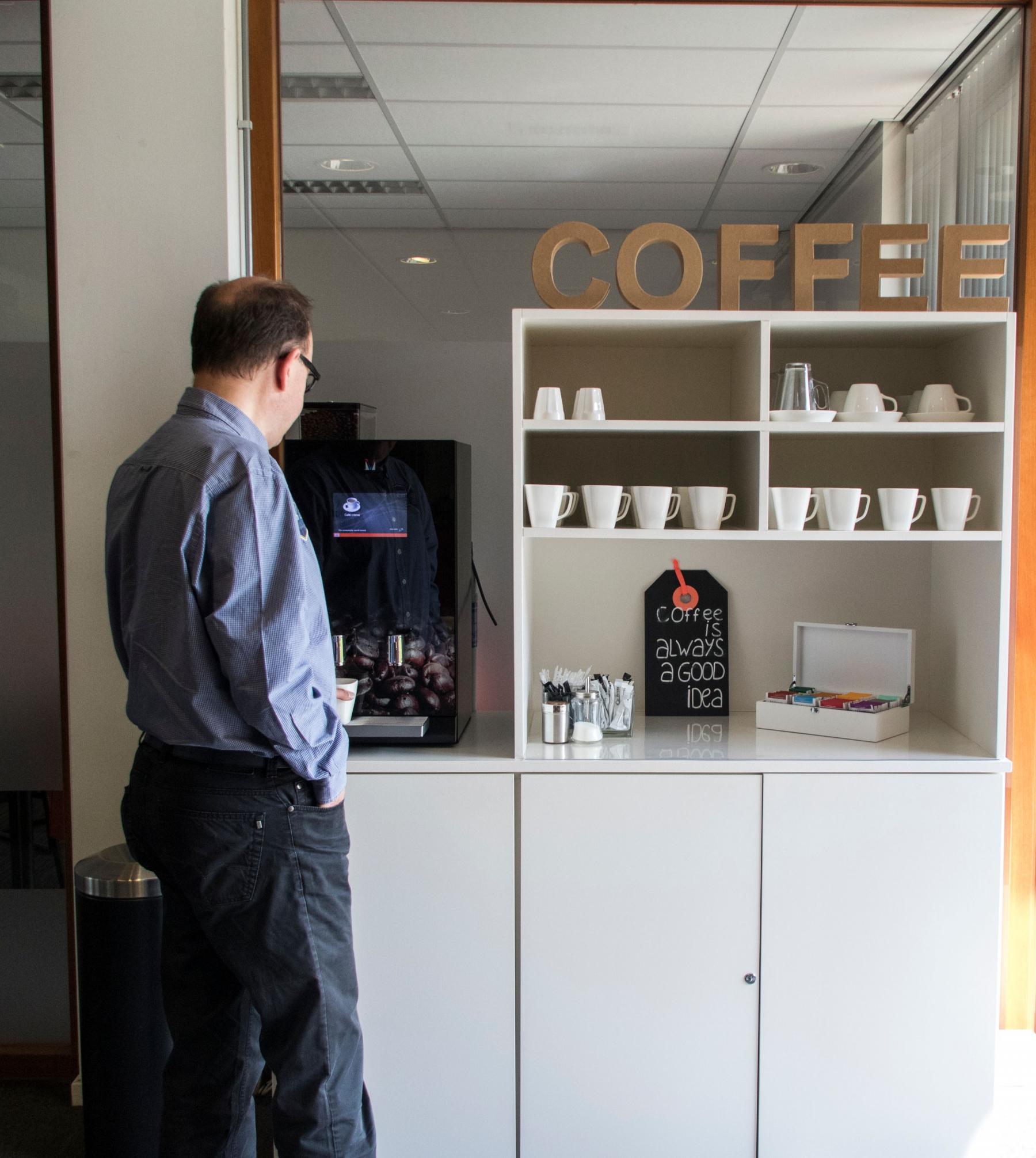 flexplek huren aan kerkhofstraat in valkenswaard met koffie