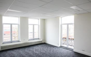 office room big open space windows light room