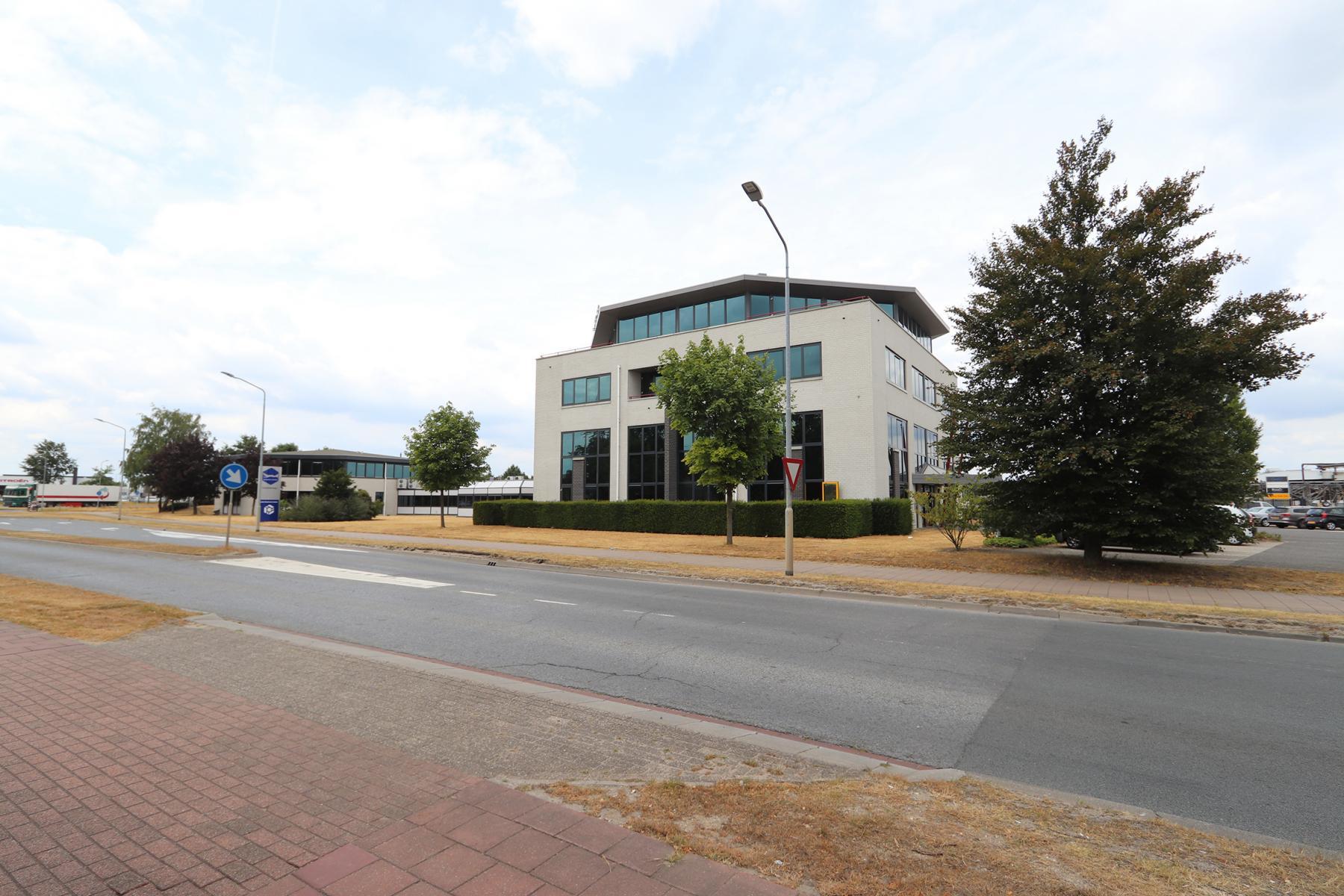 Rent office space Parlevinkerweg 1, Venlo (7)