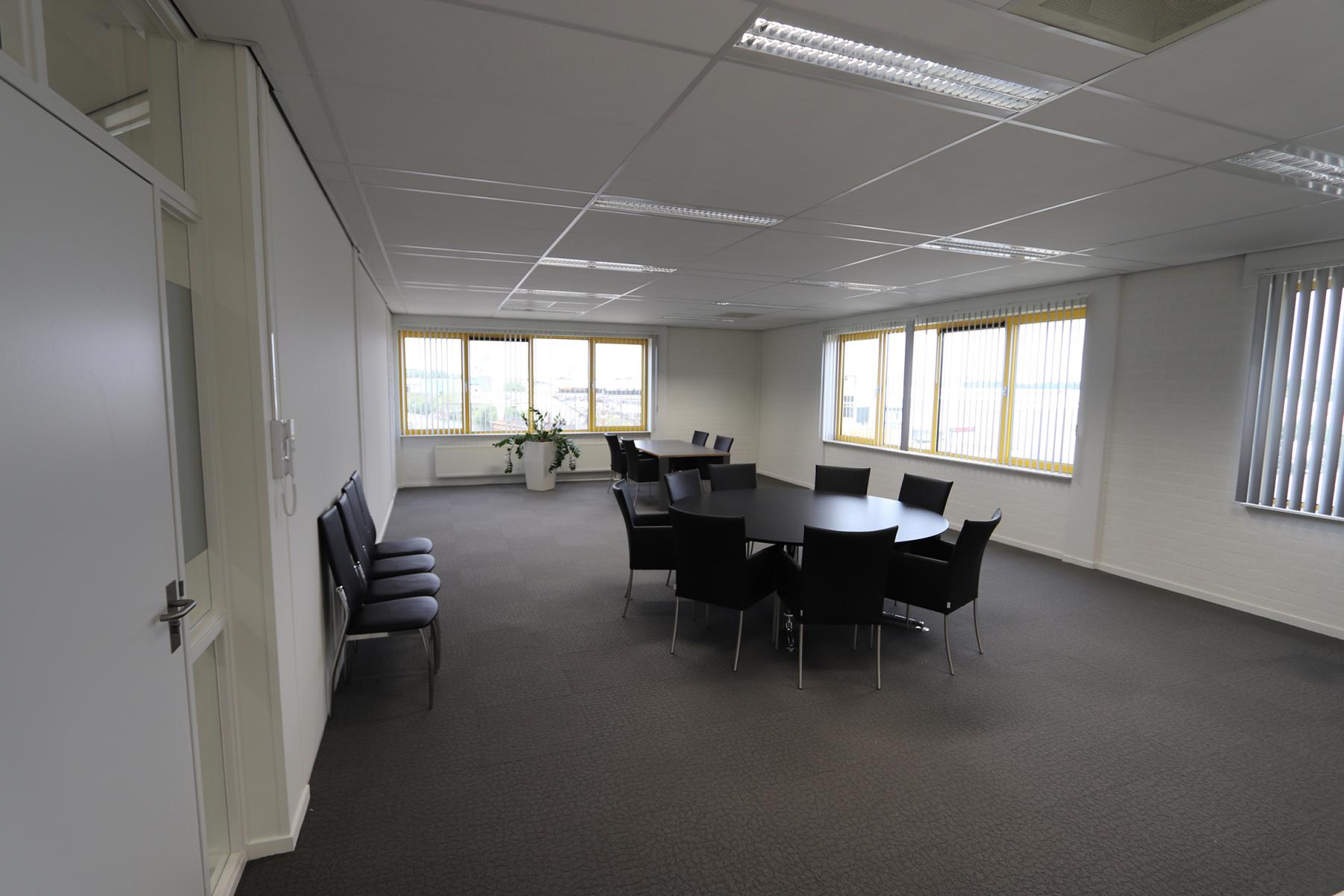 Rent office space Parlevinkerweg 1, Venlo (12)