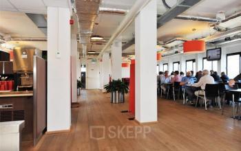 kantoorgebouw zoetermeer bredewater lunchruimte catering koffiecorner