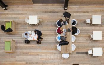 lunchruimte gemeenschappelijke ruimte kantoorpand zoetermeer bleiswijkseweg