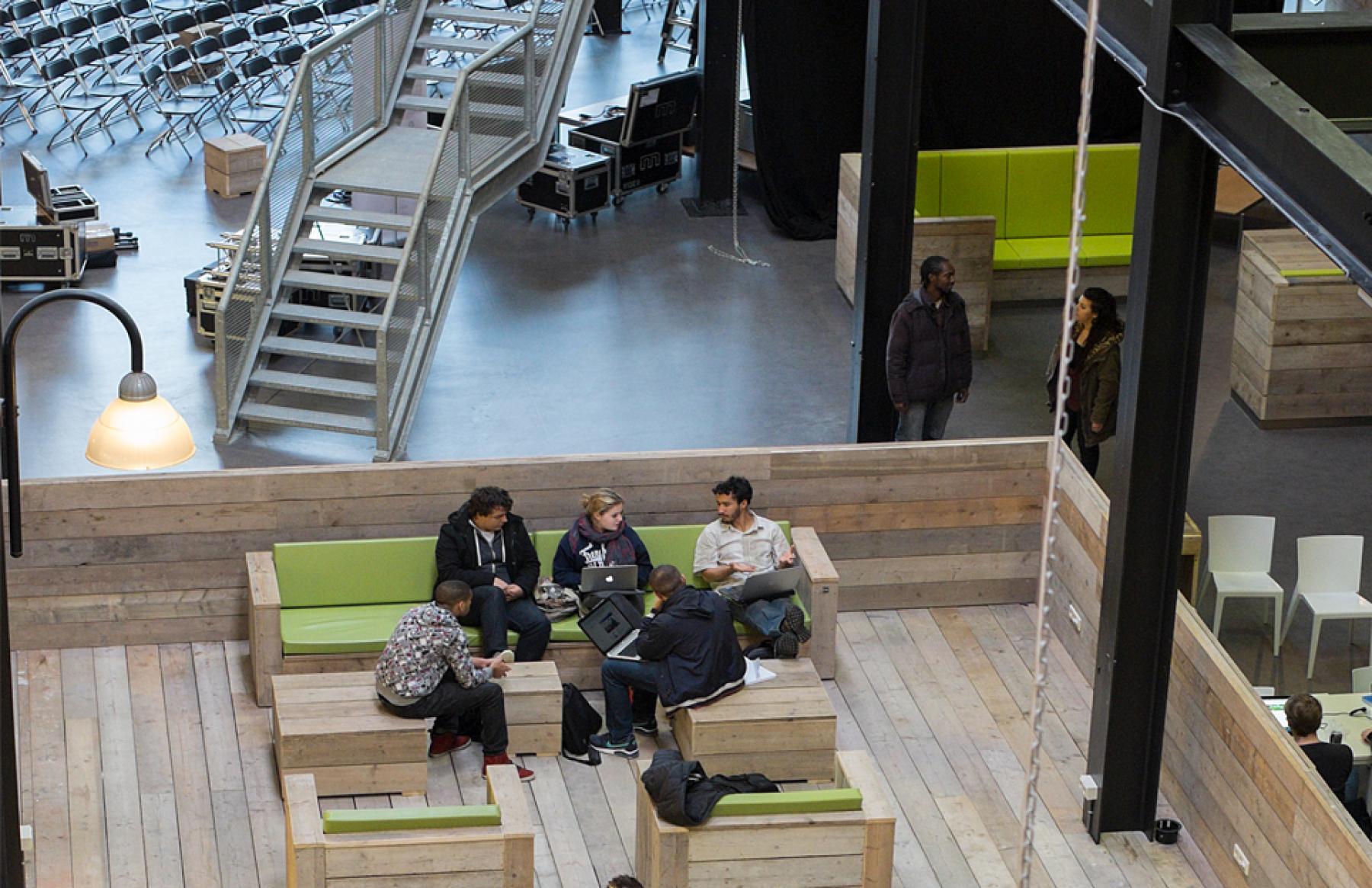 loungeruimte kantoor zoetermeer bleiswijkseweg kantoorruimte huren SKEPP