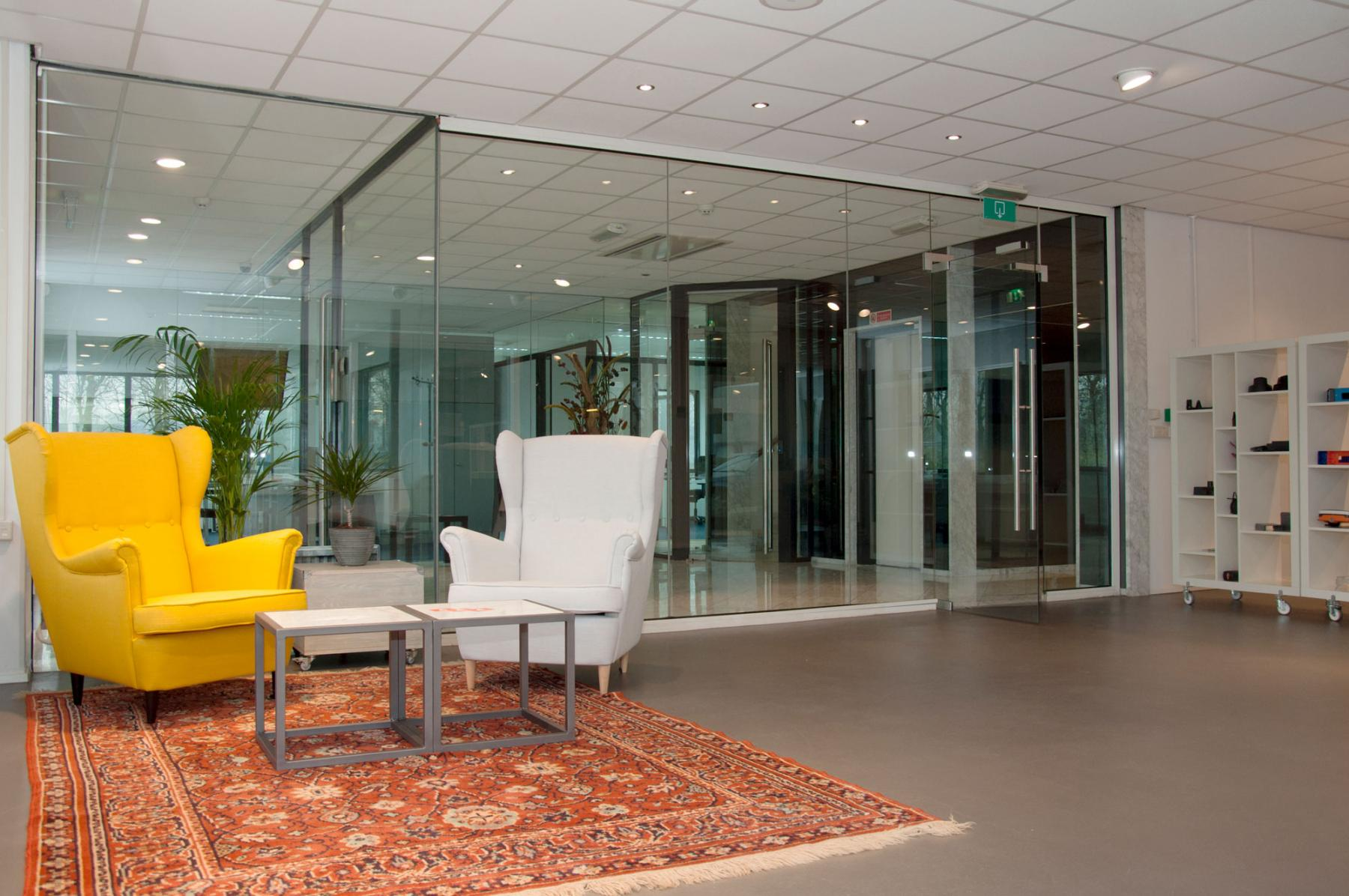 The seating area with a glass wall