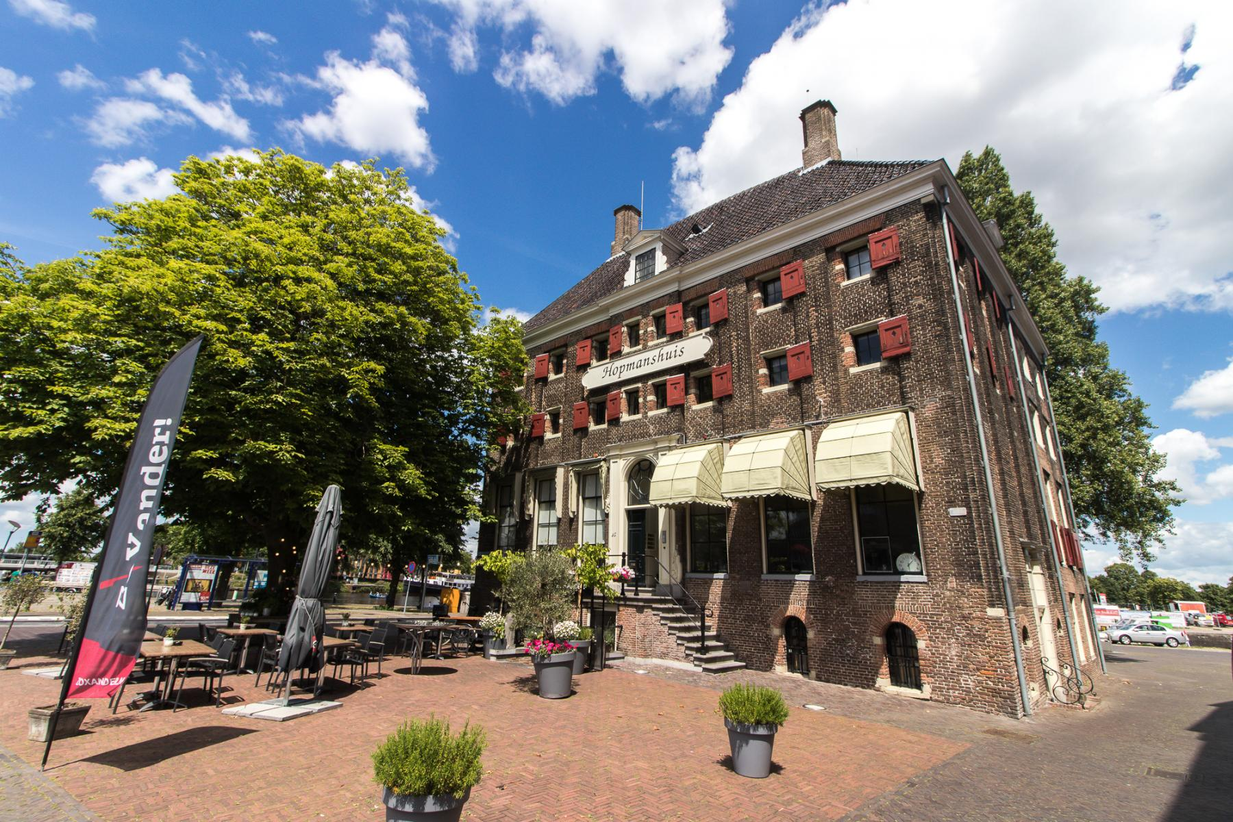 Office spaces for rent in monumental office building in Zwolle