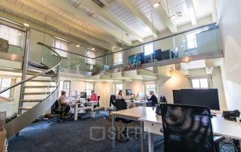 Office spaces for rent at the Rodetorenplein in Zwolle