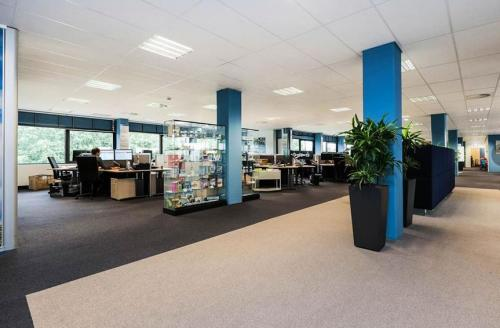 Binnenzijde kantoorruimte overzicht vloer Zwolle