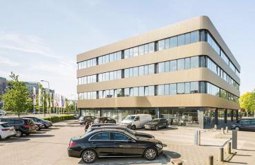 Office building Zwolle and parking spots