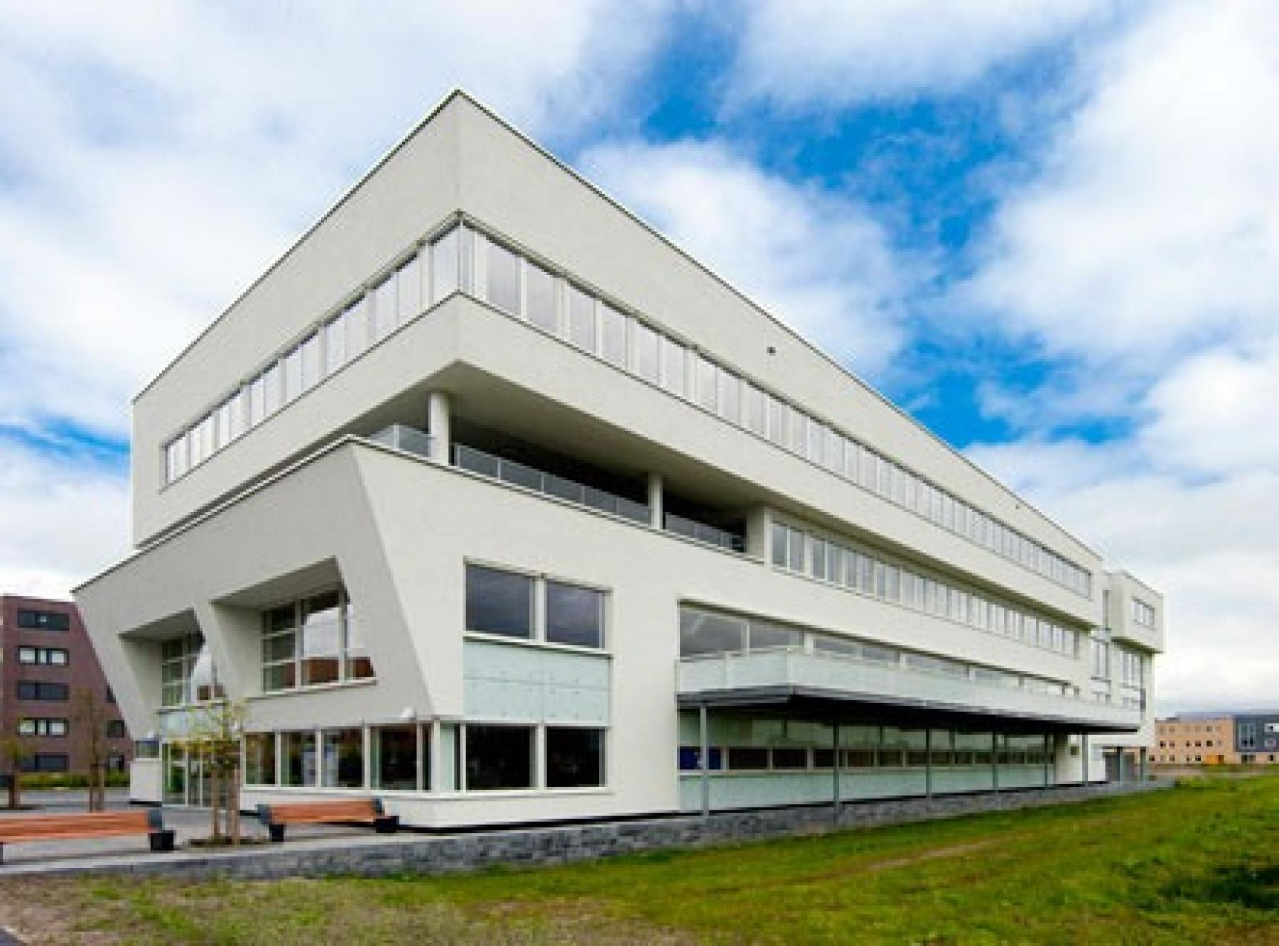 Regus Zwolle: Dokter van Deenweg 13